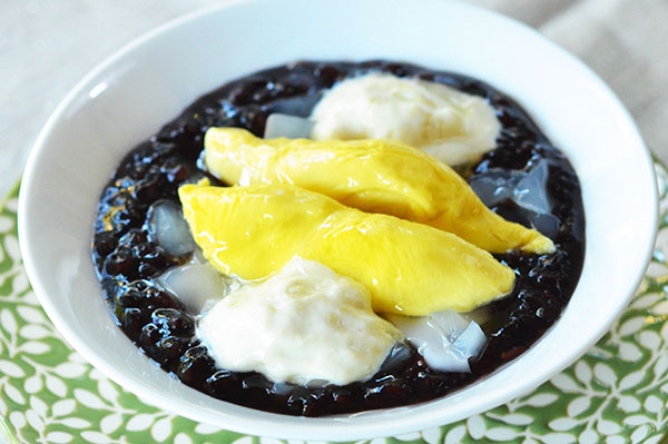 Black Sticky Rice & Coconut Jelly Noodles